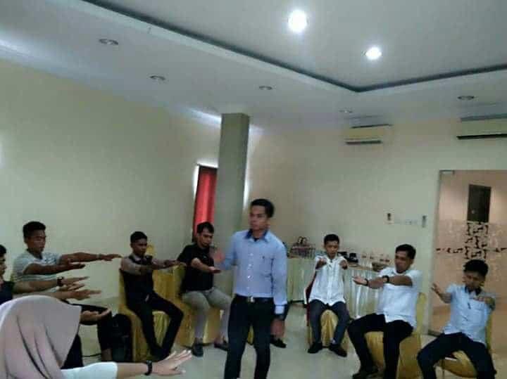 Edward Rhidwan - Business & Self Development Trainer 4